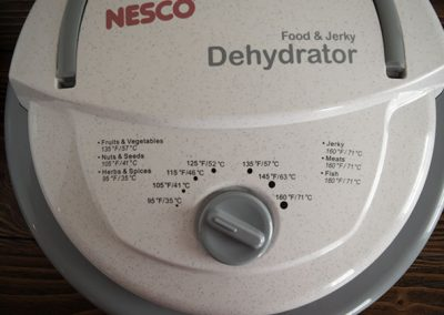 Nesco FD75-PR temperature controls